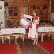Показ Чувашского костюма