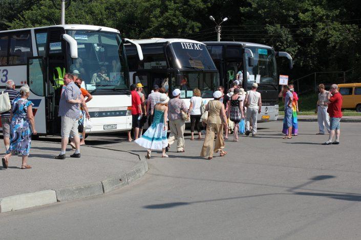 Встреча с автобусами